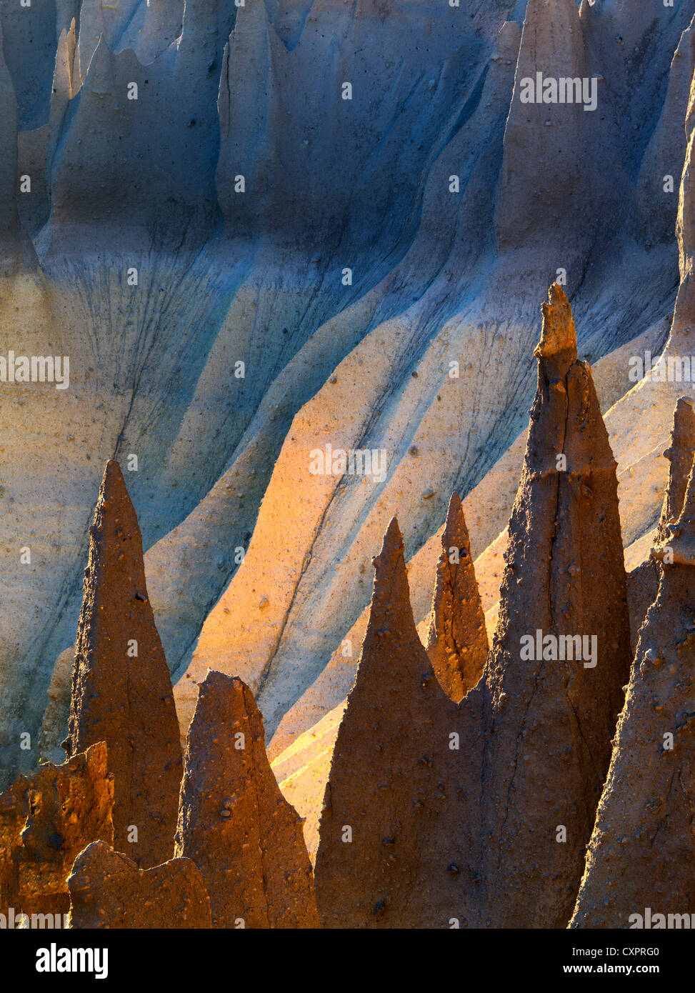 Backlit Pinnacles at Cater Lake National Park, Oregon, volcanic spires seen with first light - Stock Image