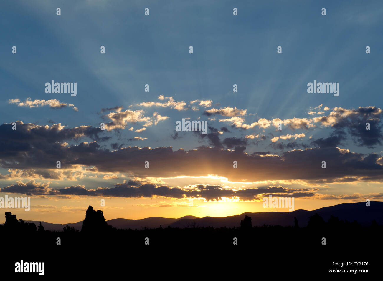 Sunlight and clouds, mono lake, california, usa - Stock Image