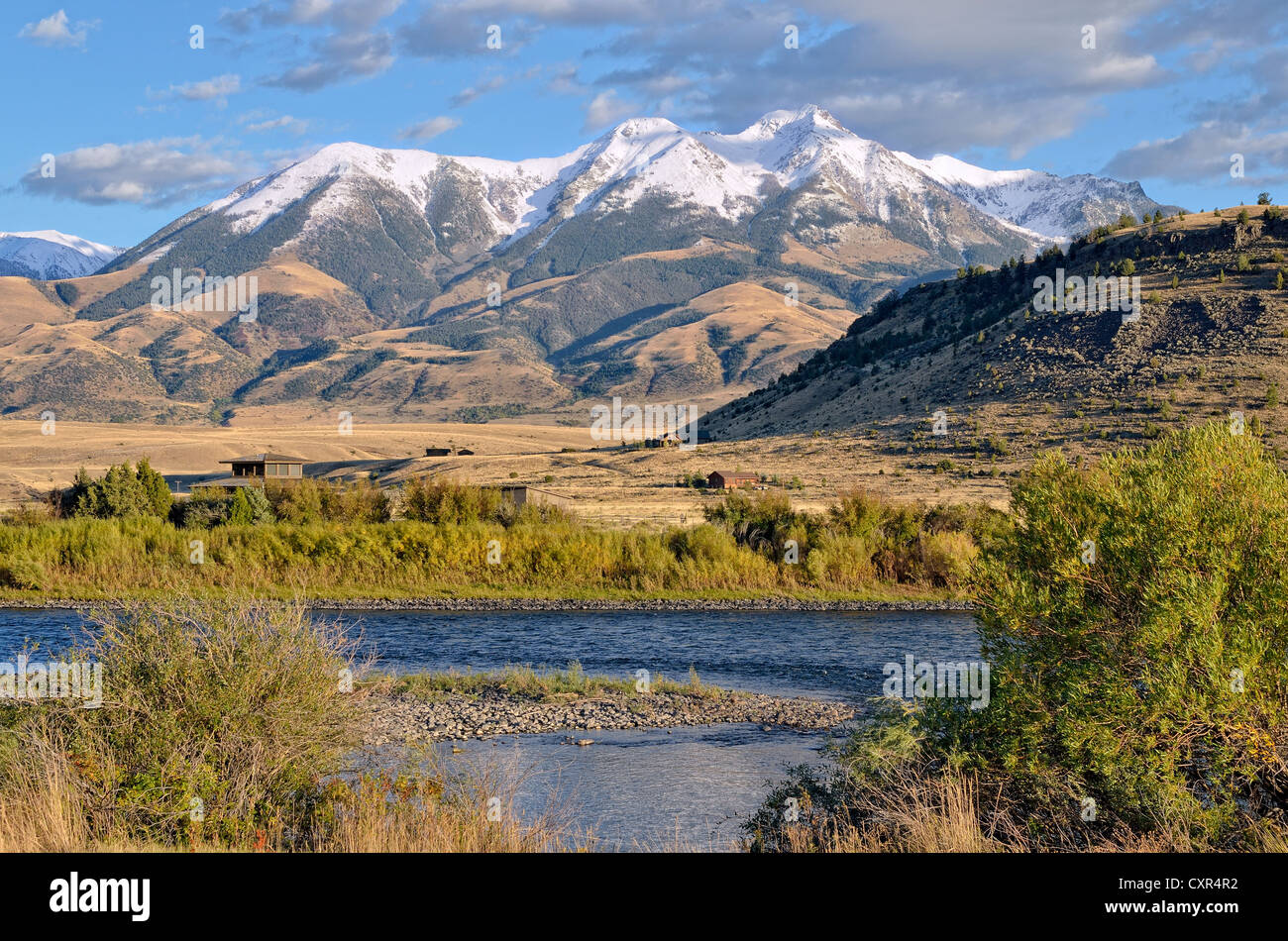 Emigrant Peak, 3327m, with the Yellowstone River, Absaroka Range, Paradise Valley, Livingston, Montana, USA - Stock Image