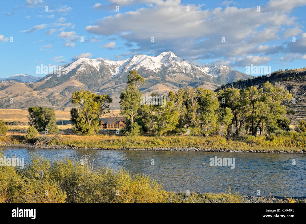 Emigrant Peak, 3327m, Yellowstone River, Absaroka Range, Paradise Valley, Livingston, Montana, USA - Stock Image