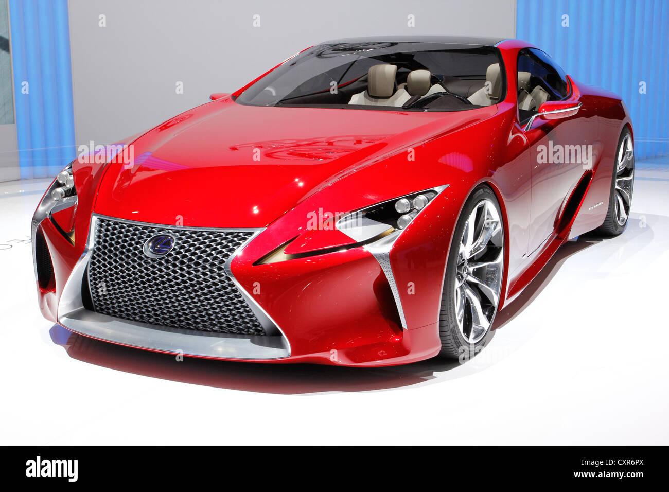 https://c8.alamy.com/comp/CXR6PX/lexus-lf-lc-new-presentation-concept-car-study-geneva-motor-show-2012-CXR6PX.jpg