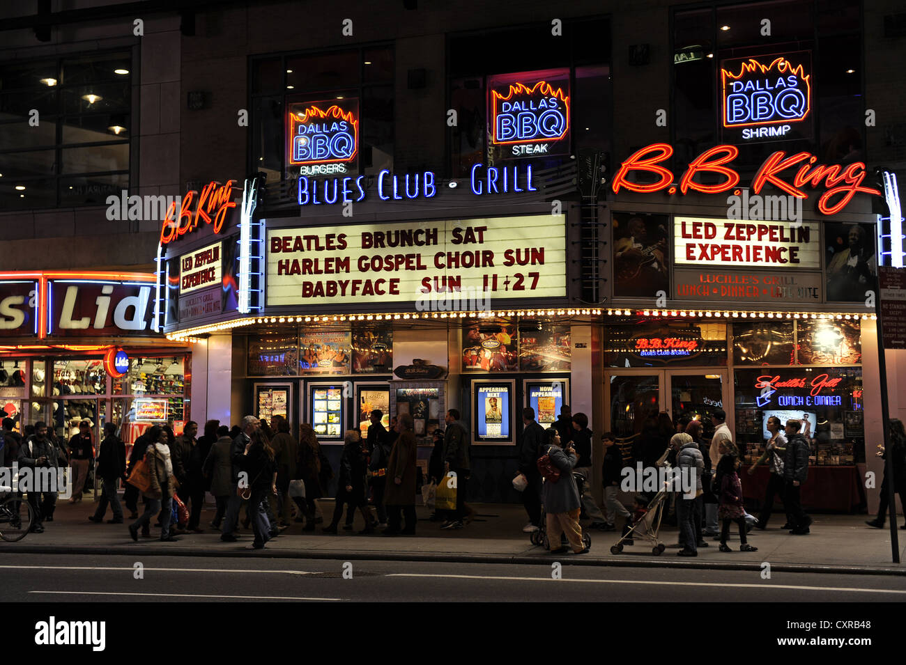 New York Night Club High Resolution Stock Photography And Images Alamy