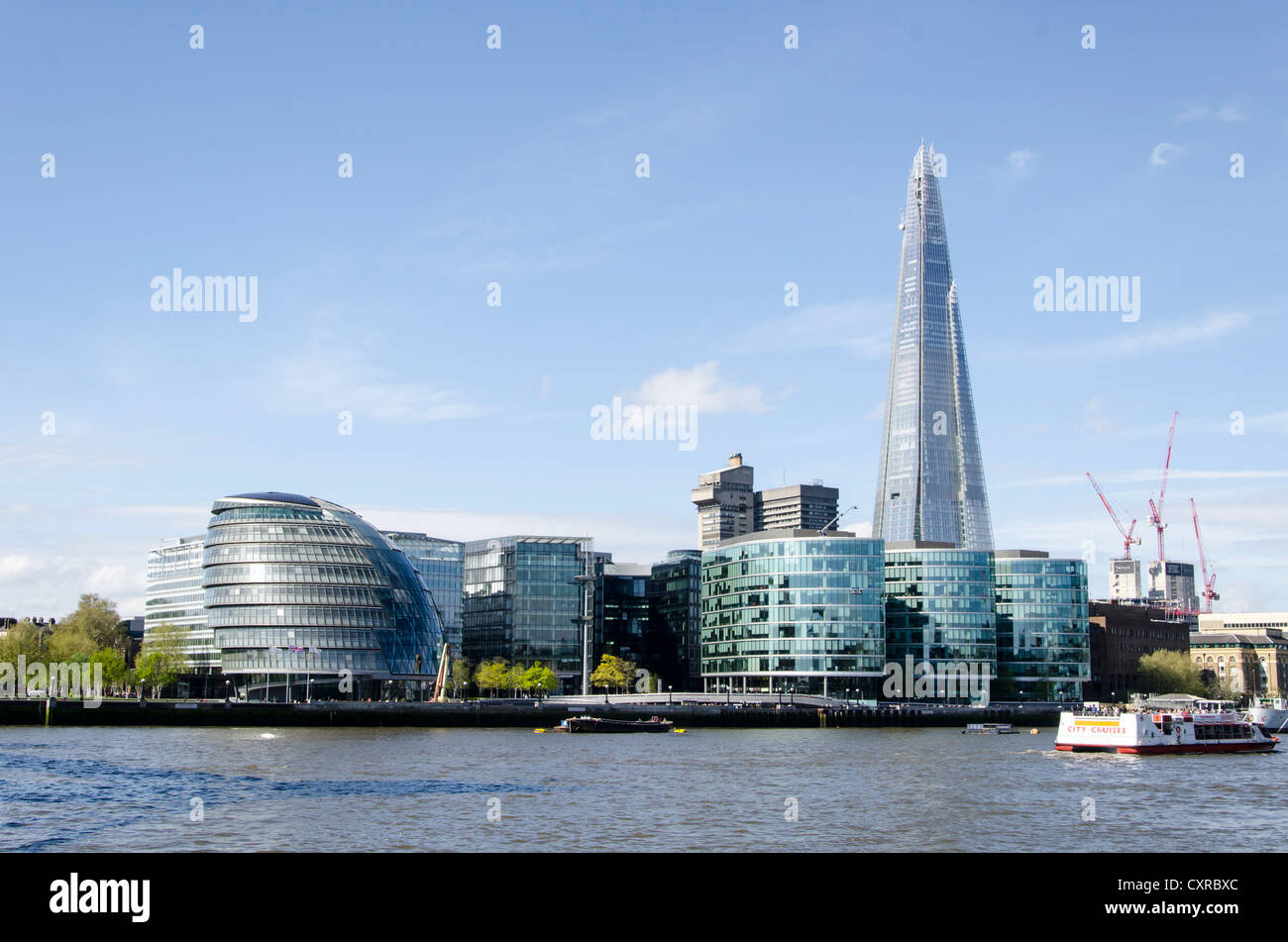 City Hall and the Shard London Bridge skyscraper by Renzo Piano, modern office building in London, Southern England, - Stock Image