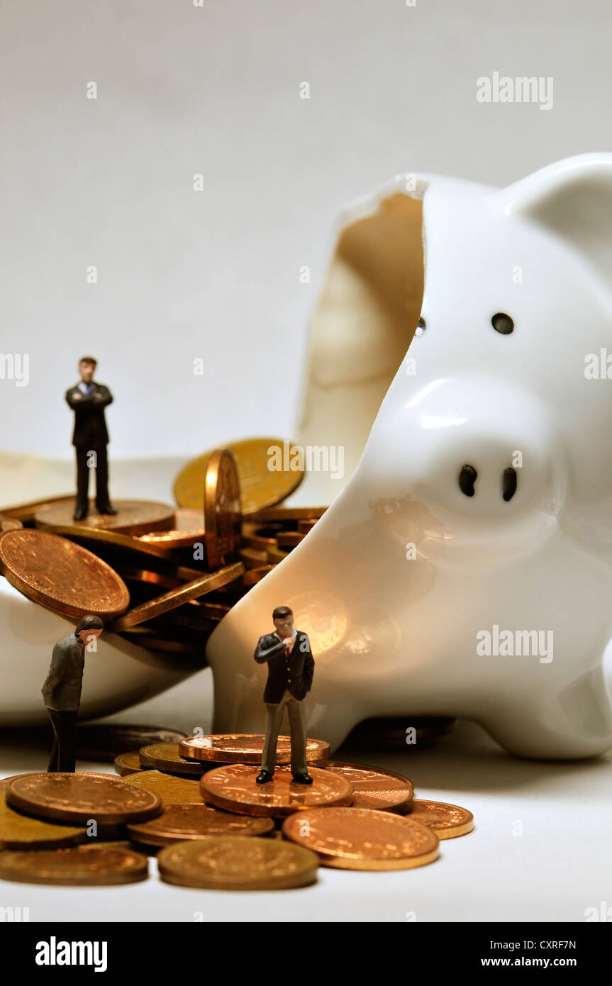 Broken piggy bank - Stock Image