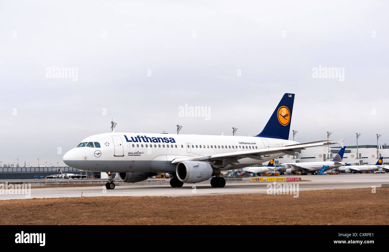 Lufthansa Airbus A319-100 airplane, with the name Friedrichshafen, taxiing to the runway at Munich airport, Bavaria - Stock Image