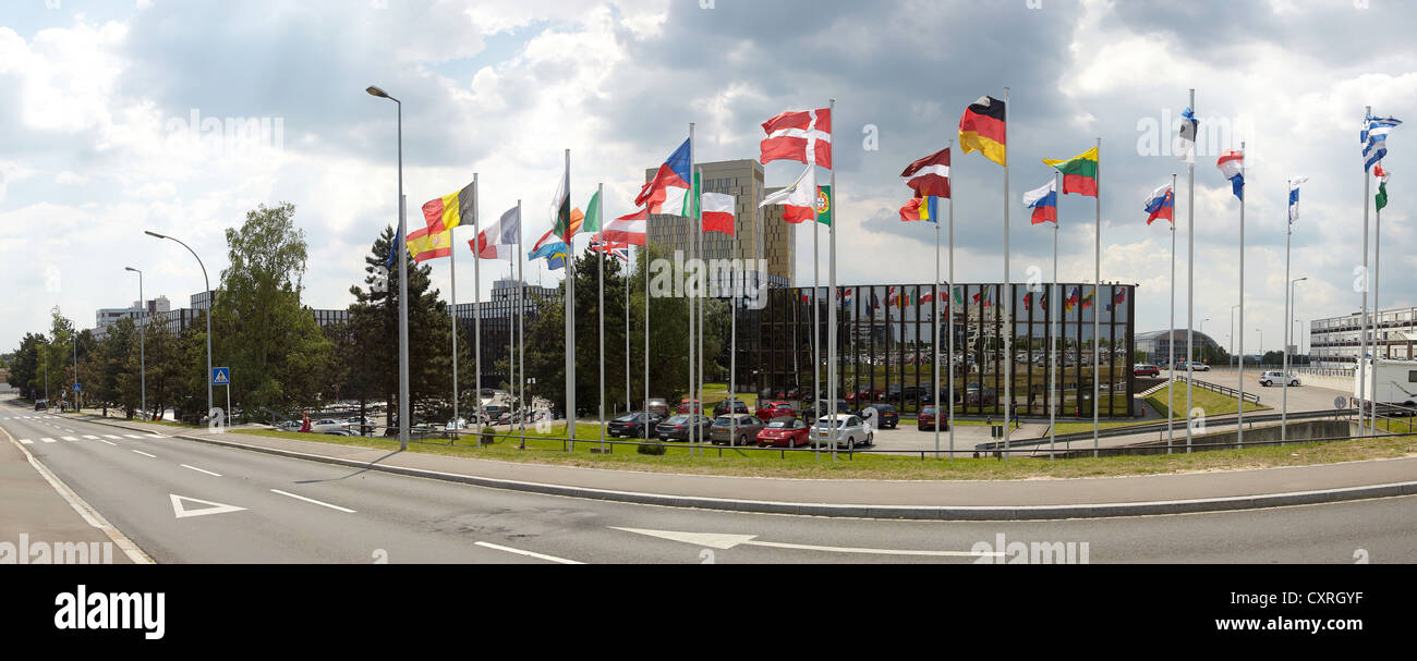 The national flags of the member states of the European Union in front of the building of the European Commission - Stock Image