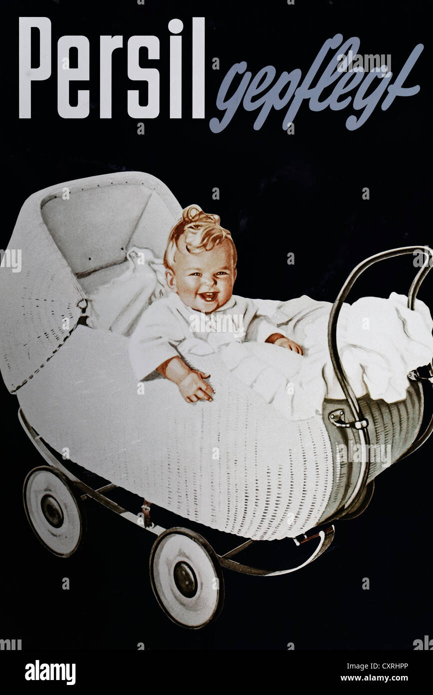 'Persil gepflegt', German for 'Persil well-kept', smiling baby in white clothes sitting in a pram, - Stock Image