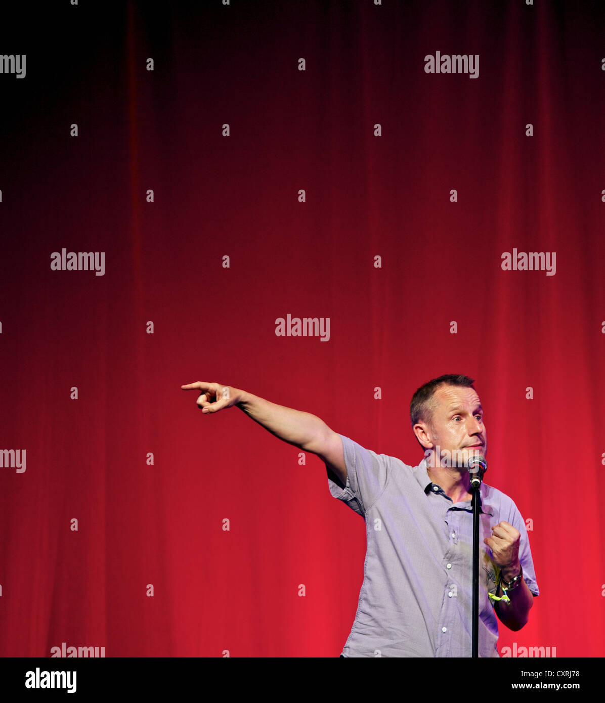 Jeremy Hardy performing at the 2010 Glastonbury Festival of Contemporary and Performing Arts - Stock Image