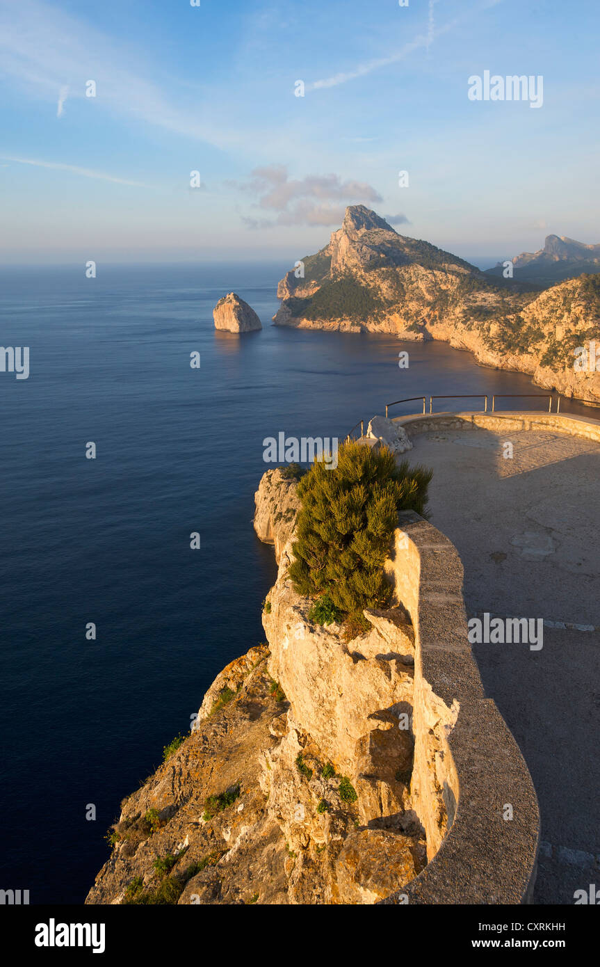 Viewpoint Mirador des Colomer, Cap Formentor, Mallorca, Majorca, Balearic Islands, Spain, Europe - Stock Image