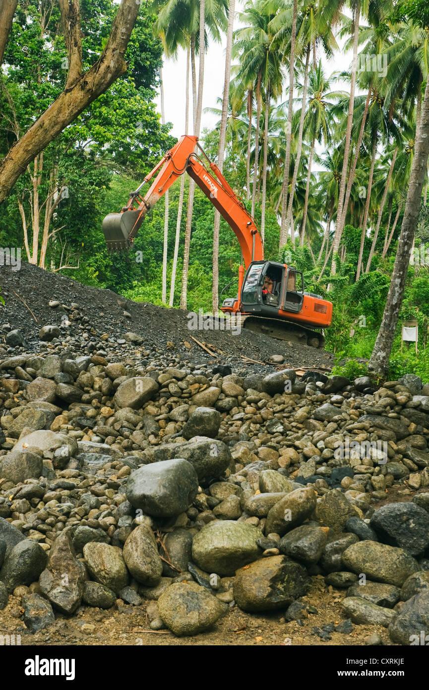 Building new bridge to Tanah Merah, Mt. Tompotika area, Central Sulawesi, Indonesia : November 2011 - Stock Image