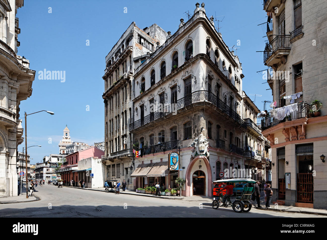 Typical street with neo-classical building dating from feudalism times, Castillo de Farnes Restaurant, Obrapia - Stock Image