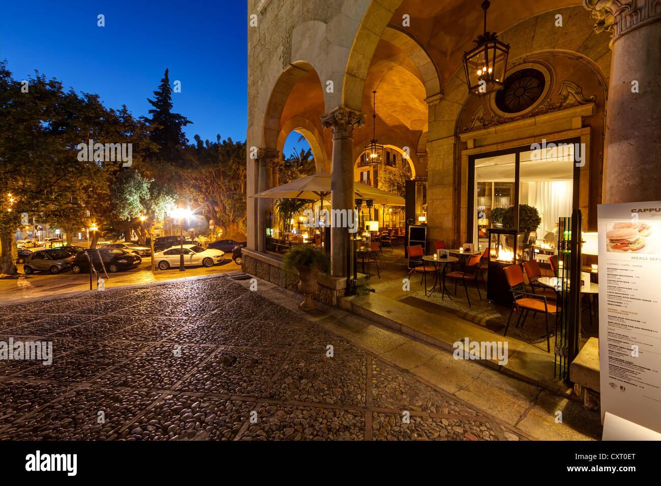 Restaurant at the Royal Palace, old town, Ciutat Antiga, Palma de Mallorca, Majorca, Balearic Islands, Spain, Europe - Stock Image