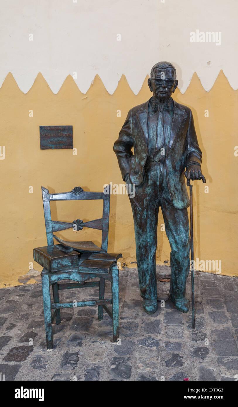 Bronze statue of Nestor Alamo at the Santa Ana Cathedral, Las Palmas de Gran Canaria, Gran Canaria, Canary Islands, - Stock Image