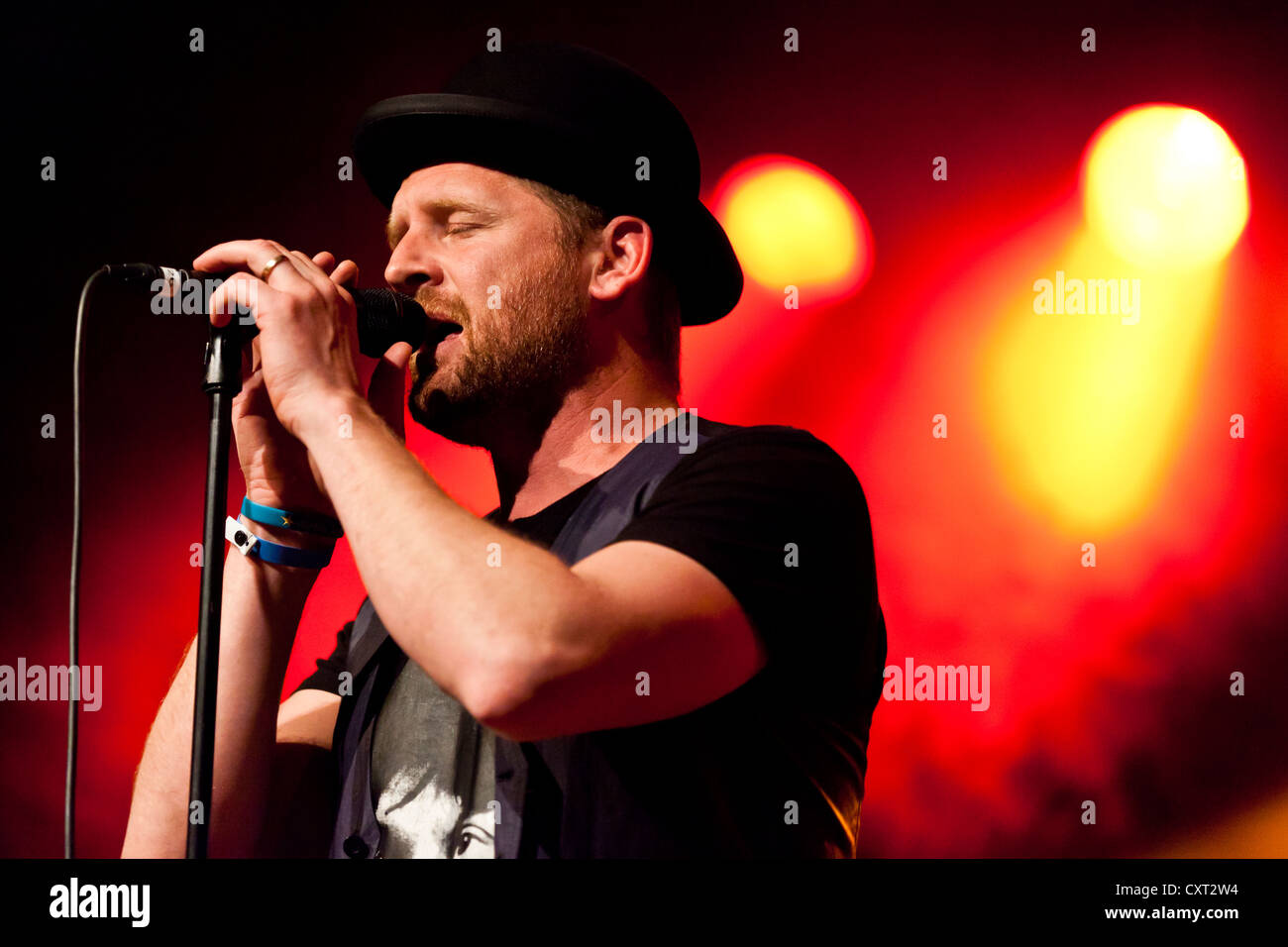 Bart van der Weide, singer of the Dutch band Racoon, performing live in the Schueuer concert hall, Lucerne, Switzerland, - Stock Image