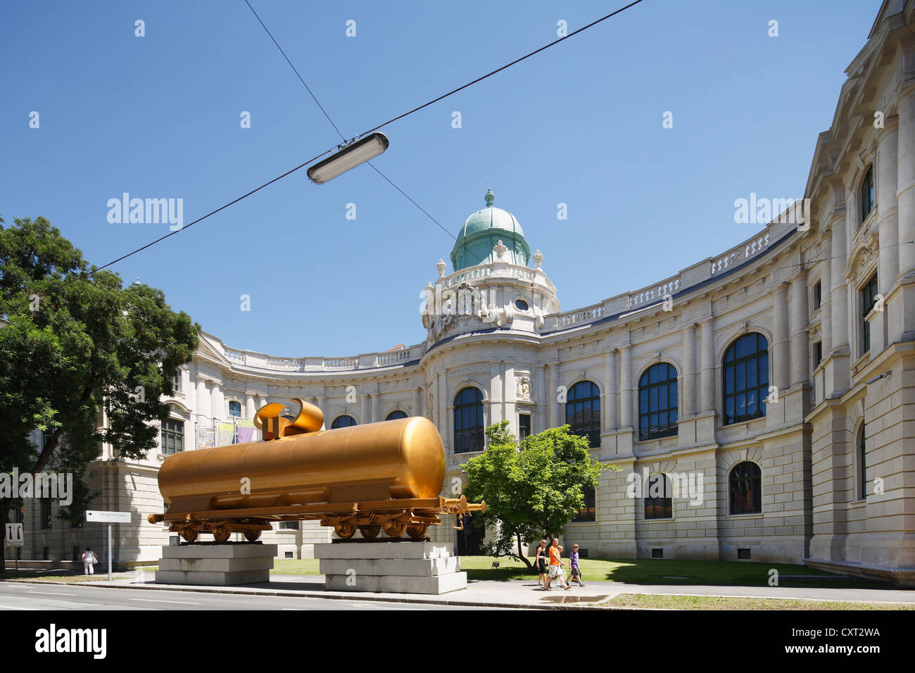 Installation The Golden Calf by Hans Hollein, a tanker wagon in front of the Joanneum building, Joanneum Quarter, - Stock Image