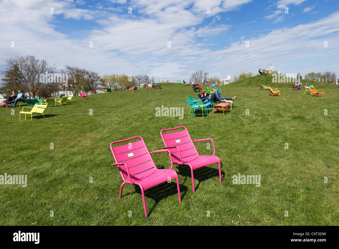 Pink garden chairs, pyramid meadows, Bavarian horticultural show 2012 in Bamberg, Upper Franconia, Franconia, Bavaria - Stock Image