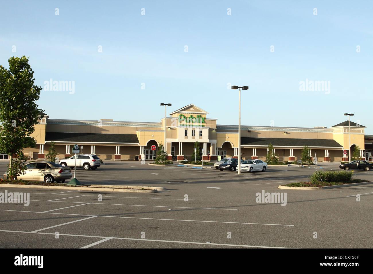 Publix Supermarket near Davenport, Florida USA Stock Photo