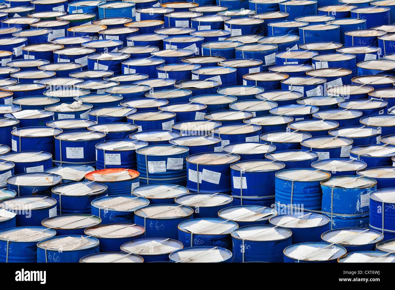 Barrels ready for transportation in the port, Piombino, Tuscany, Italy, Europe - Stock Image
