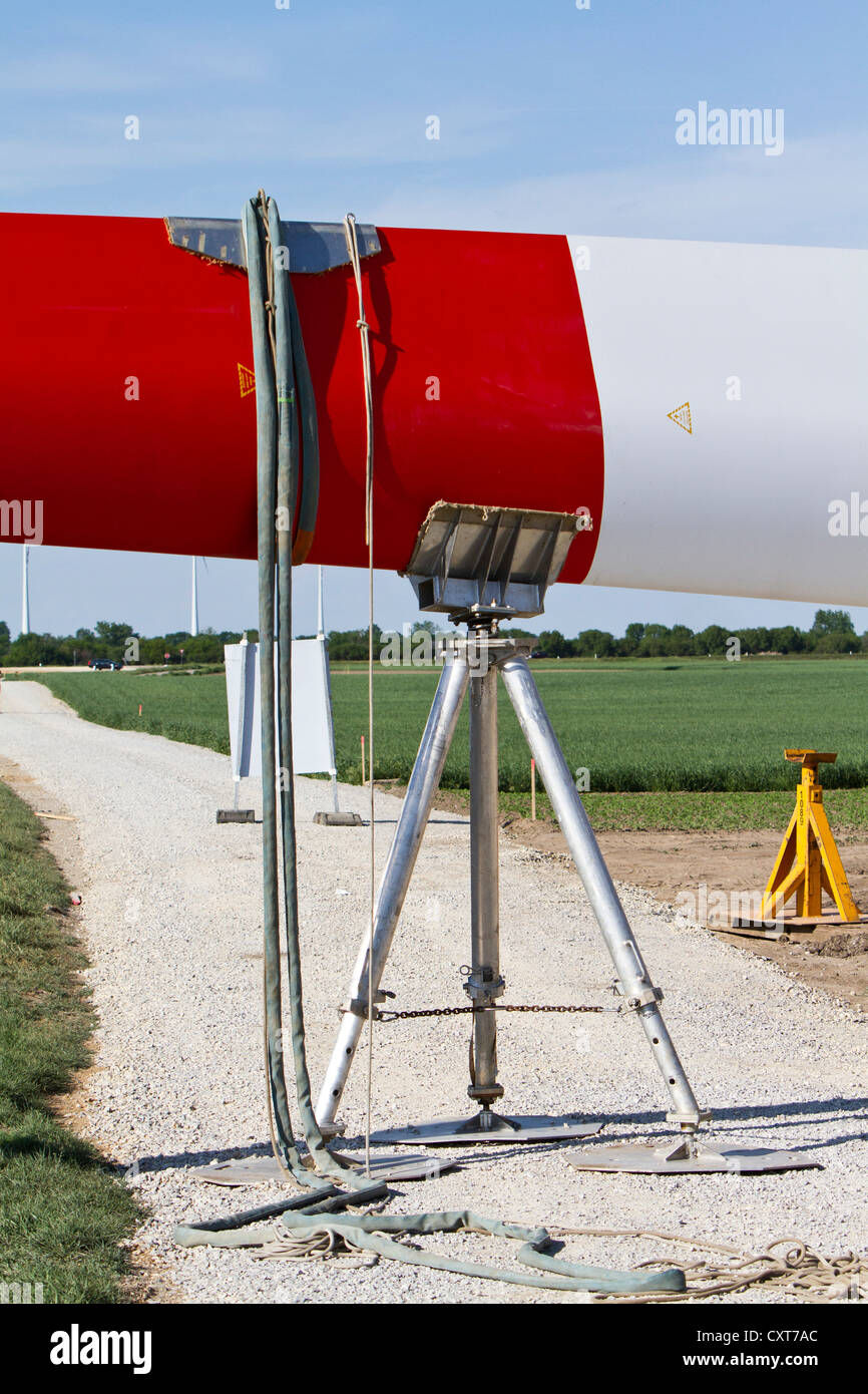 Rotor blade being supported, construction of a wind turbine, wind power plant, by the company Arcor for EVN and - Stock Image