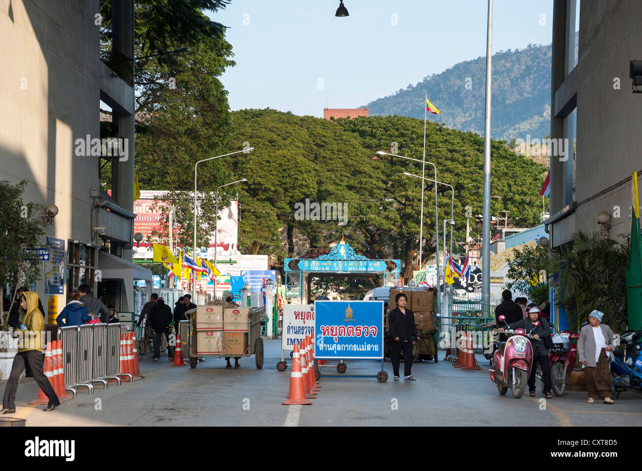 Border controls between Myanmar, Burma, and Thailand on the Thai side, Mae Sai, the northernmost town in Thailand - Stock Image