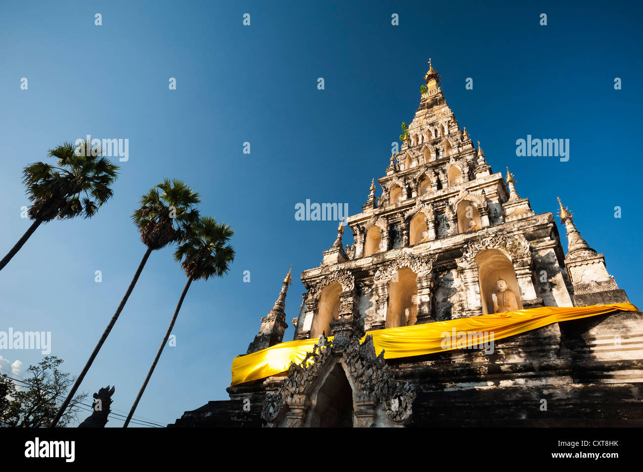 Unusual square pagoda or chedi, Wat Chedi Liam and market, restored Wiang Kum Kam settlement, Chiang Mai, Northern - Stock Image