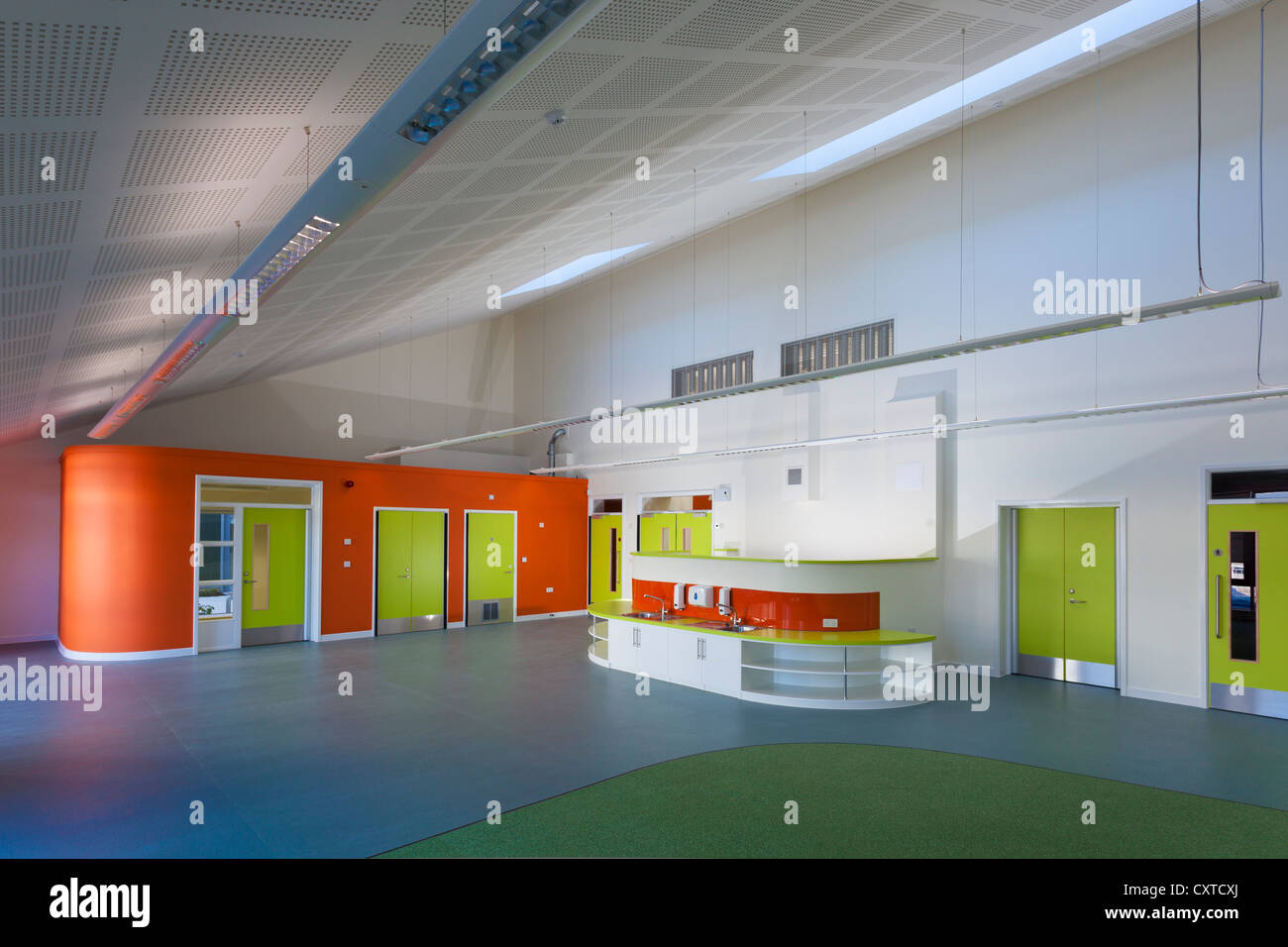 Colourful primary school classroom unoccupied. - Stock Image