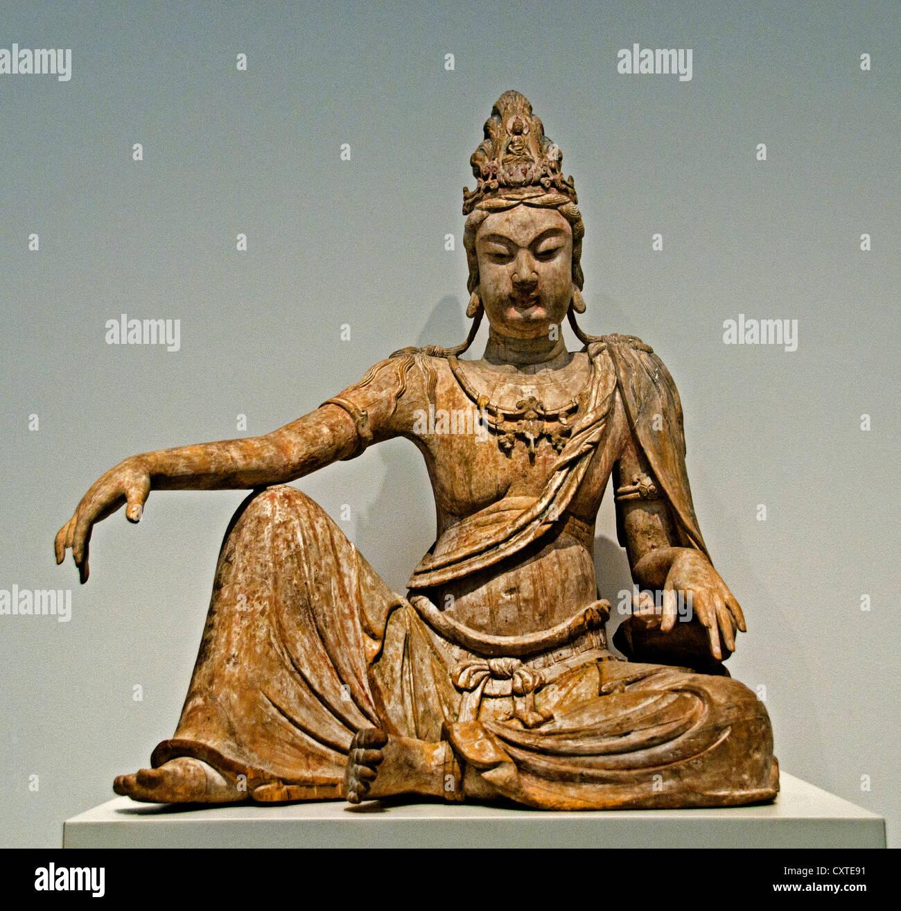 Bodhisattva Avalokiteshvara in 'Water Moon' Form Shuiyue Guanyin  Liao dynasty 11 th century China 95 cm - Stock Image