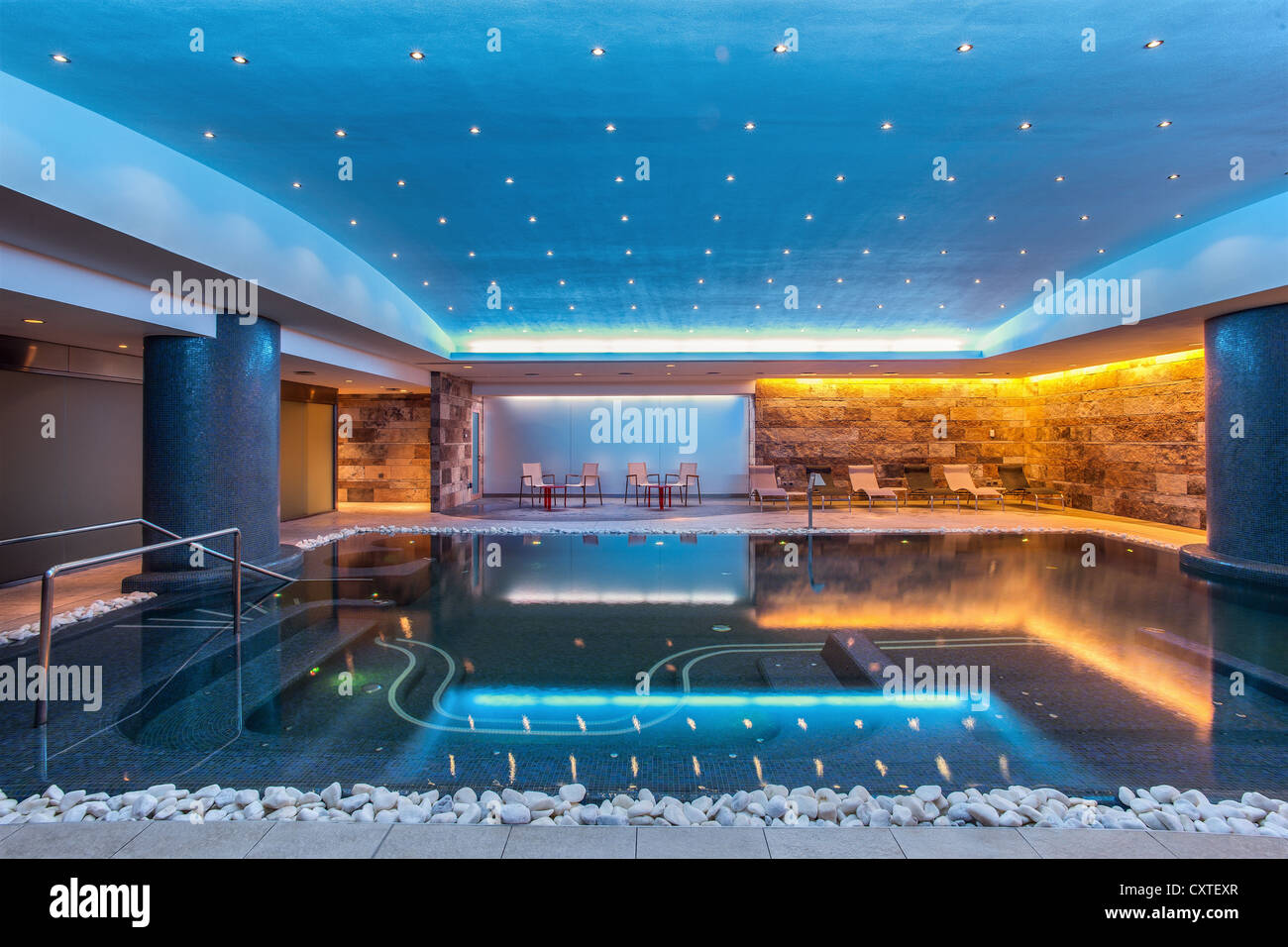 Still modern indoor pool - Stock Image