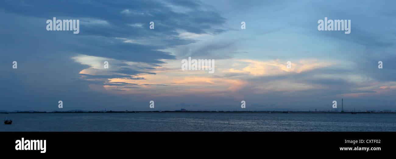 Sunset of Pearl River estuary, Zhongshan, Guangdong, China - Stock Image