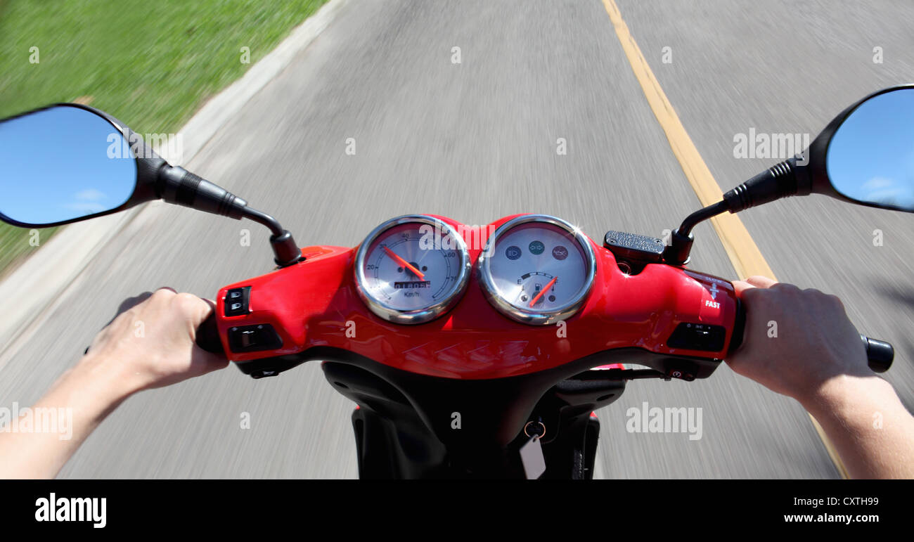 Gauges and mirrors on scooter - Stock Image