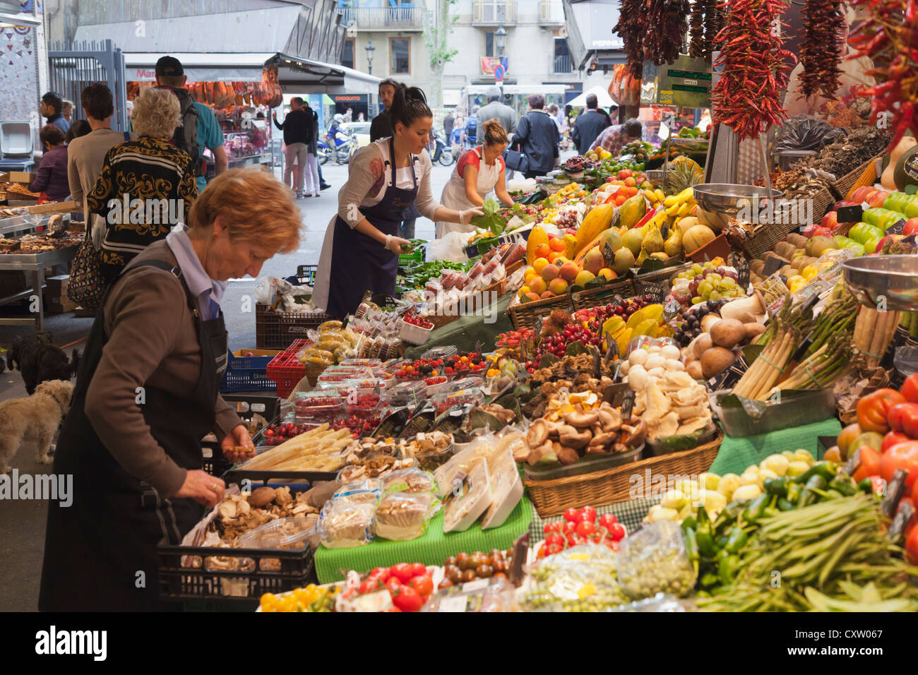 Barcelona, Spain. Mercat de Sant Josep, the market known popularly as La Boqueria. - Stock Image