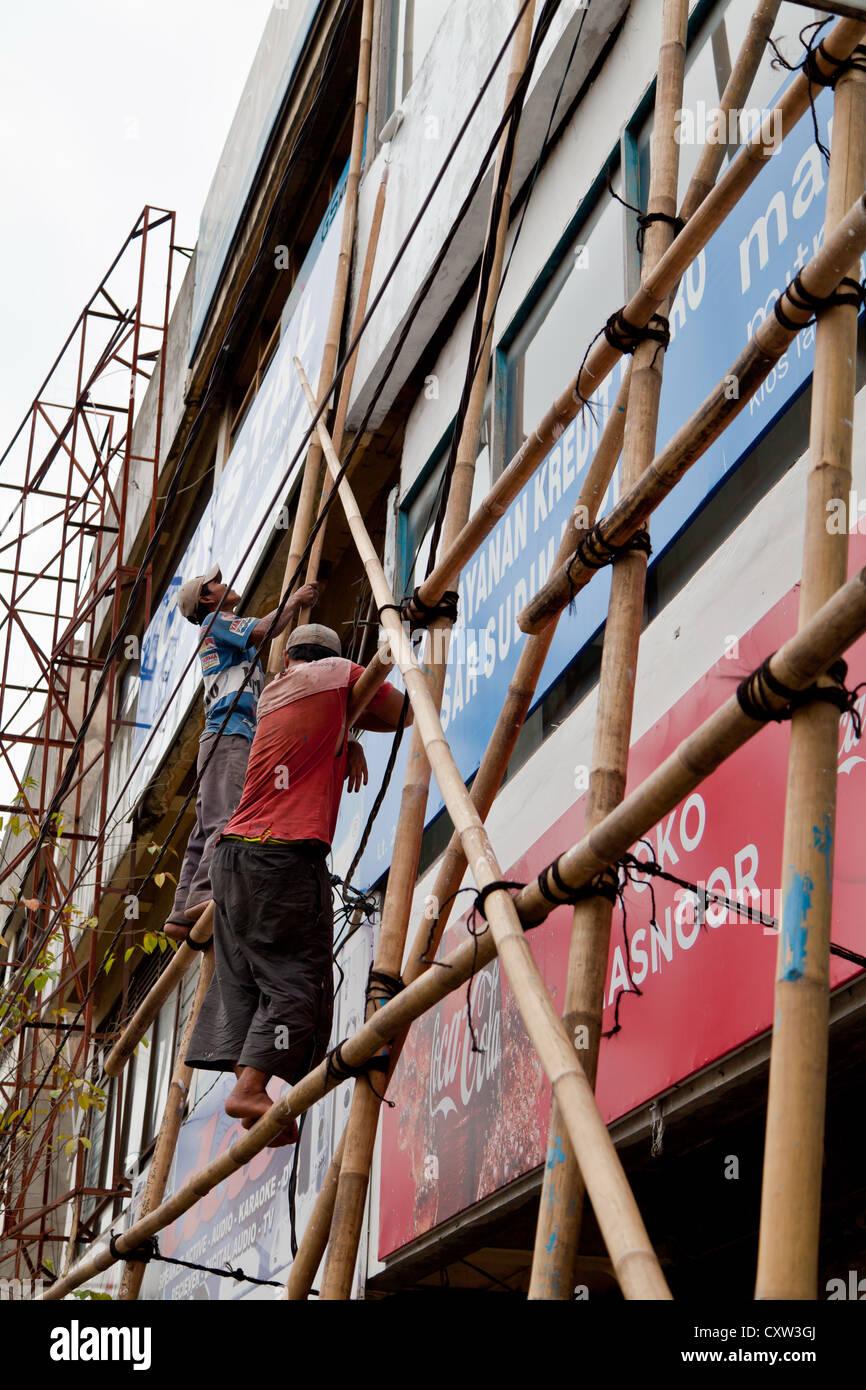 Men on a Scaffolding in Banjarmasin - Stock Image