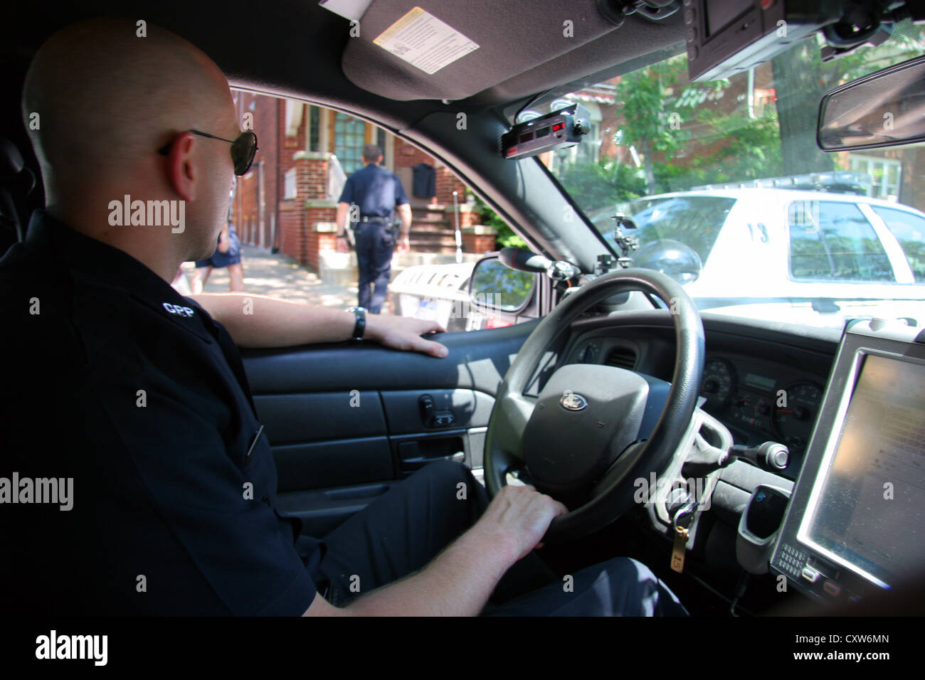 Cops in Grosse Pointe Park respond to a call, Michigan, USA - Stock Image