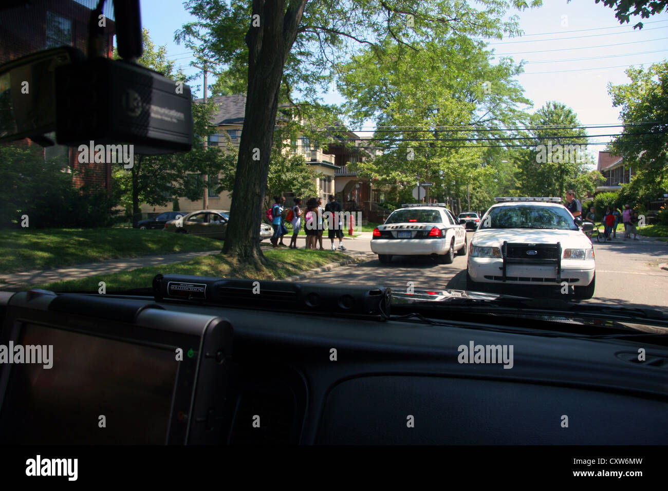 Cops from Grosse Pointe Park police department respond to a call, Michigan, USA - Stock Image