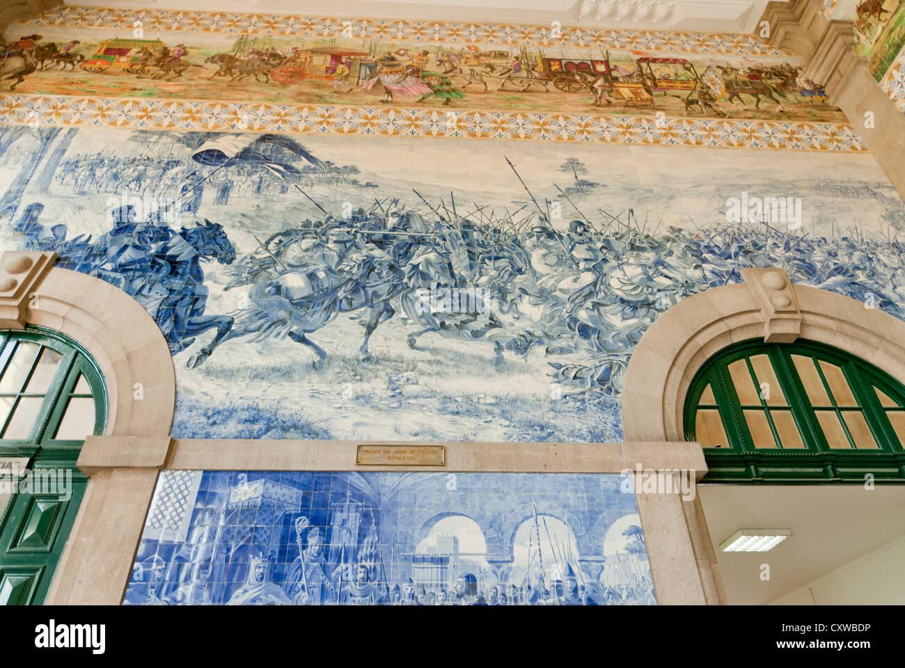 Azulejos (tiles),Oporto Porto Portugal Sao Bento Rail Railway Train Station - Stock Image