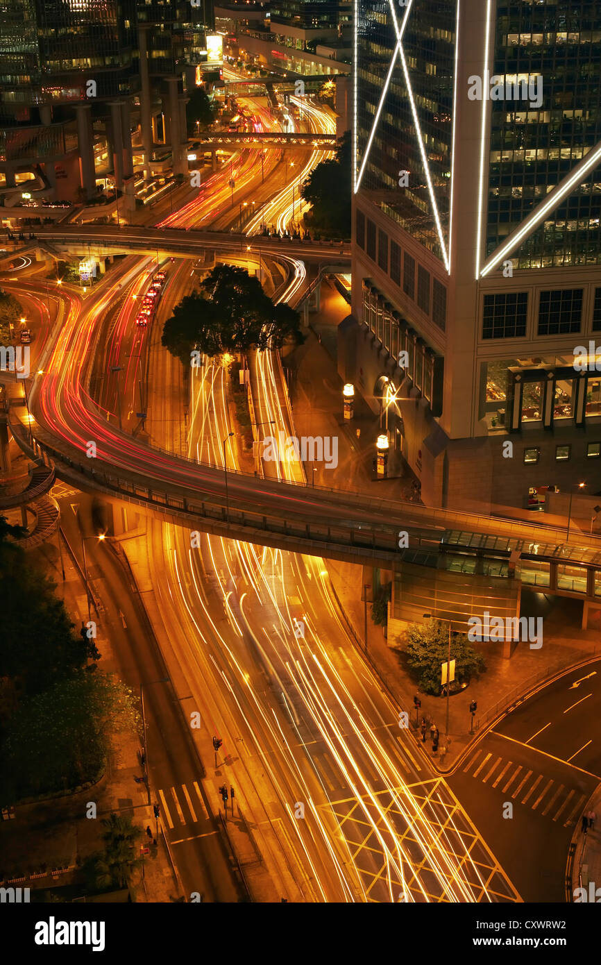 Time lapse view of urban traffic - Stock Image