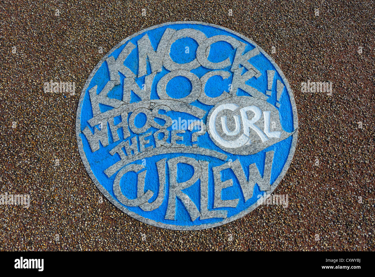 'KNOCK KNOCK WHO'S THERE?  CURL CURLEW'. The Tern Project, The Stone Jetty, Morecambe, Lancashire, England, - Stock Image