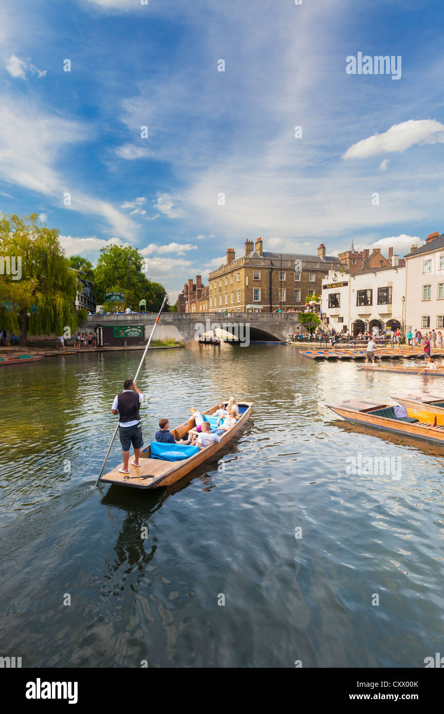 Punts on the river Cam in Cambridge, England - Stock Image