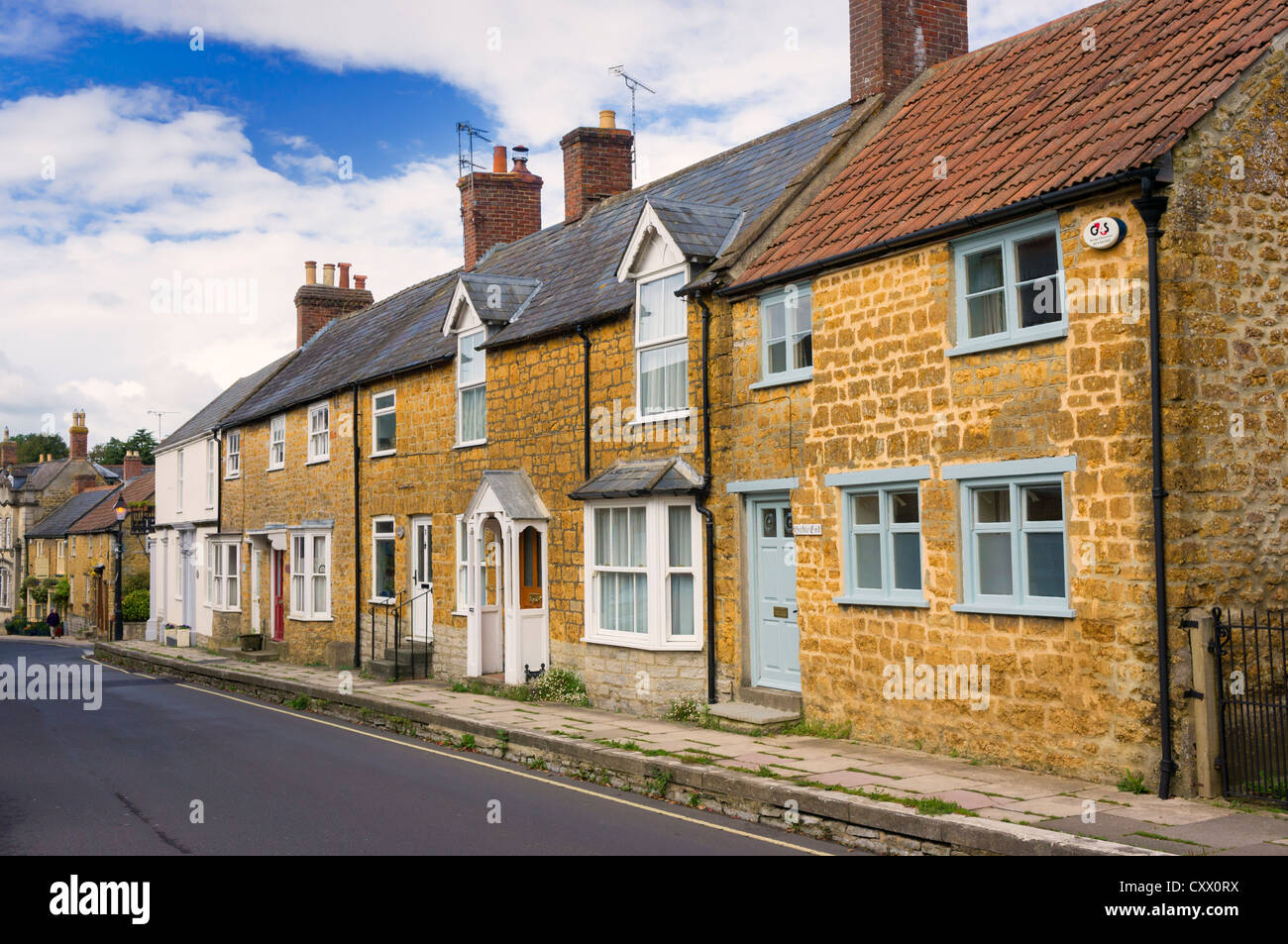 Row of old terraced houses in Castle Cary, Somerset, UK - Stock Image