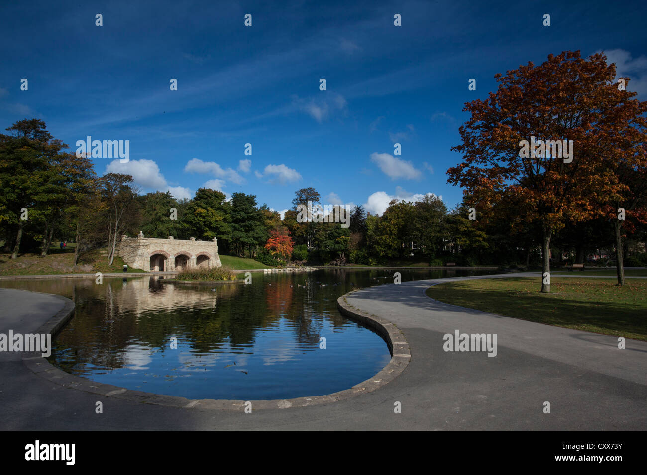 The Lake in Greenhead Park, Huddersfield, West Yorkshire - Stock Image