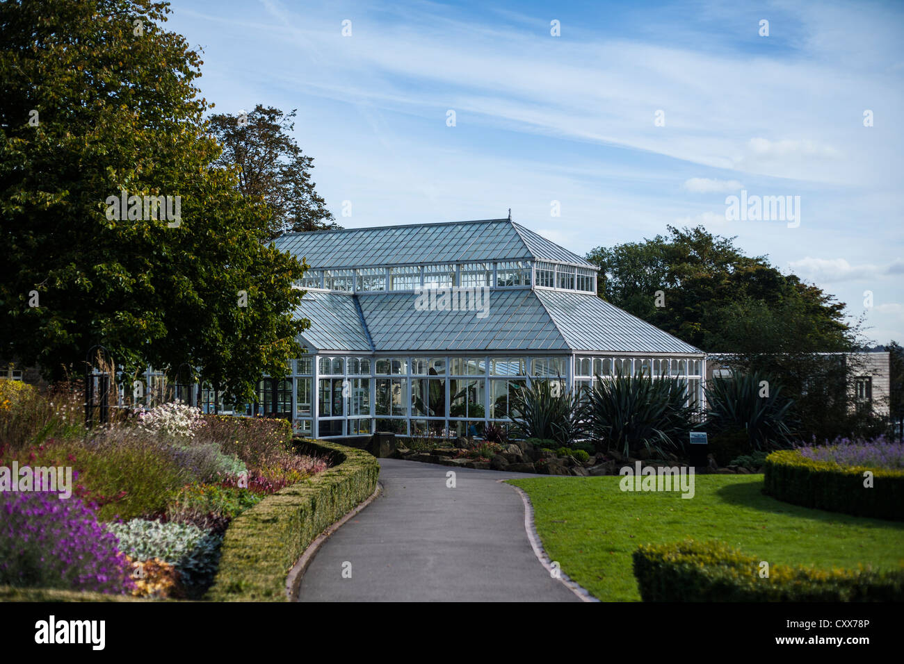 The Conservatory in Greenhead Park, Huddersfield, West Yorkshire - Stock Image