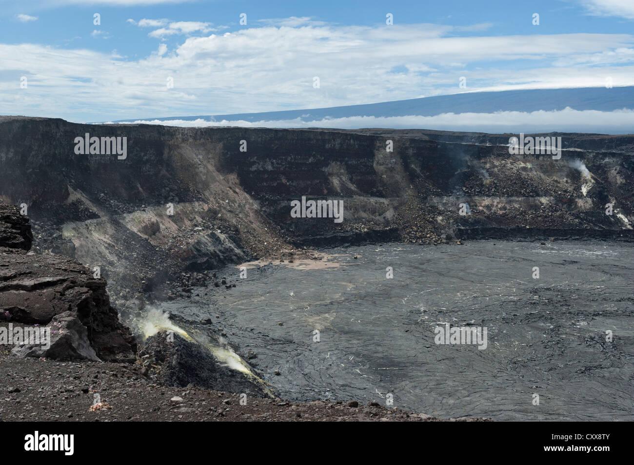 Elk284-2520 Hawaii, Volcanoes NP, Halemaumau Crater - Stock Image