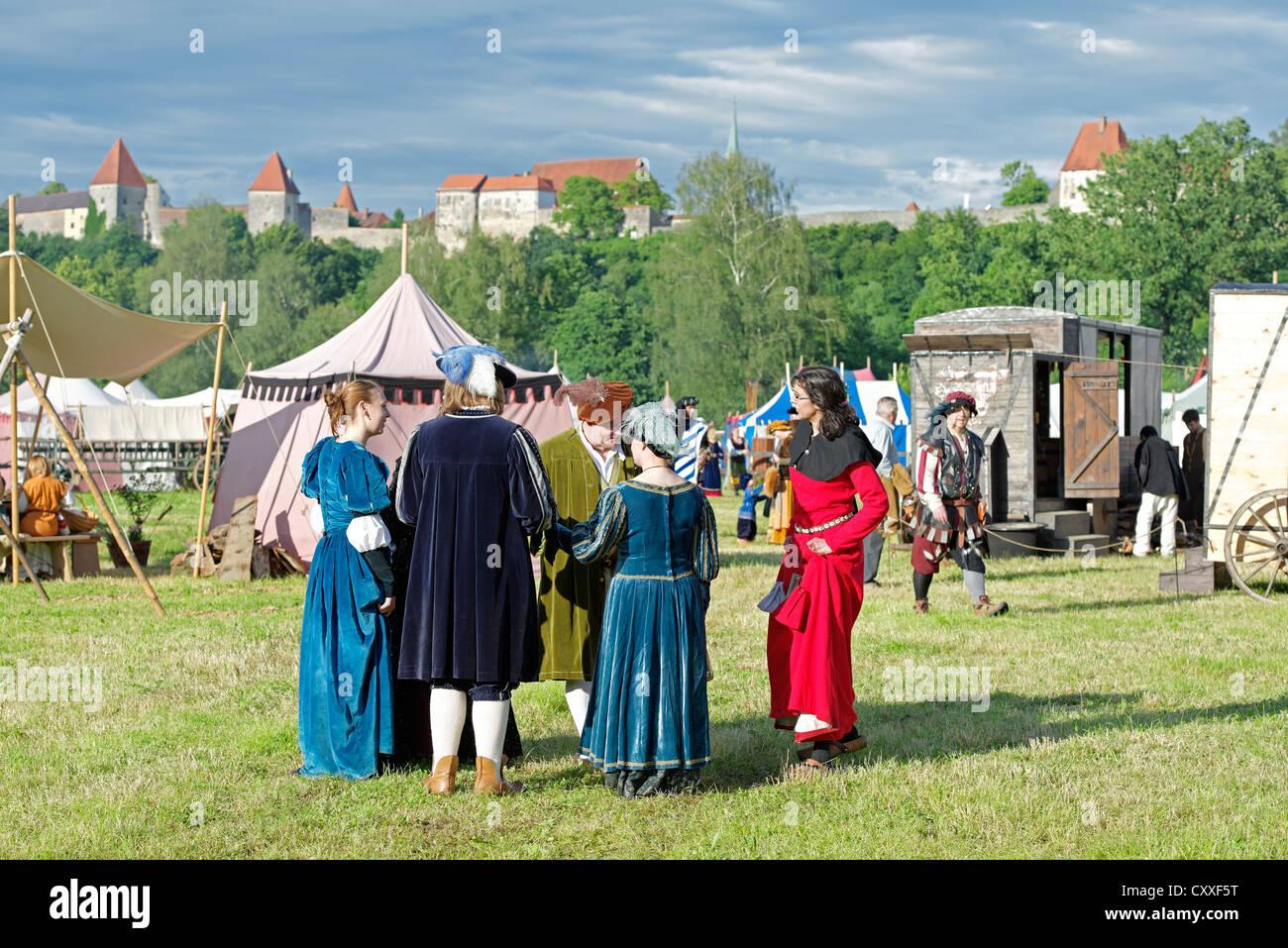 Medieval camp to celebrate solstice, Herzogstadt Burghausen e.V historical society, Burghausen, Upper Bavaria, Bavaria - Stock Image