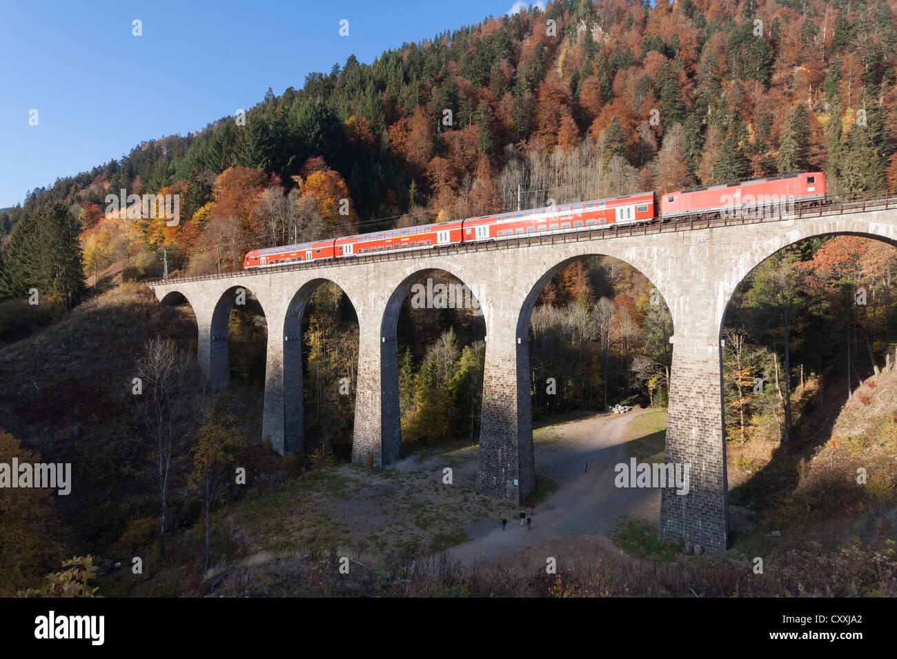 Ravennabruecke, Ravenna Bridge, of Hoellentalbahn, Hell Valley Railway, with train crossing, Hoellental, Hell Valley Stock Photo