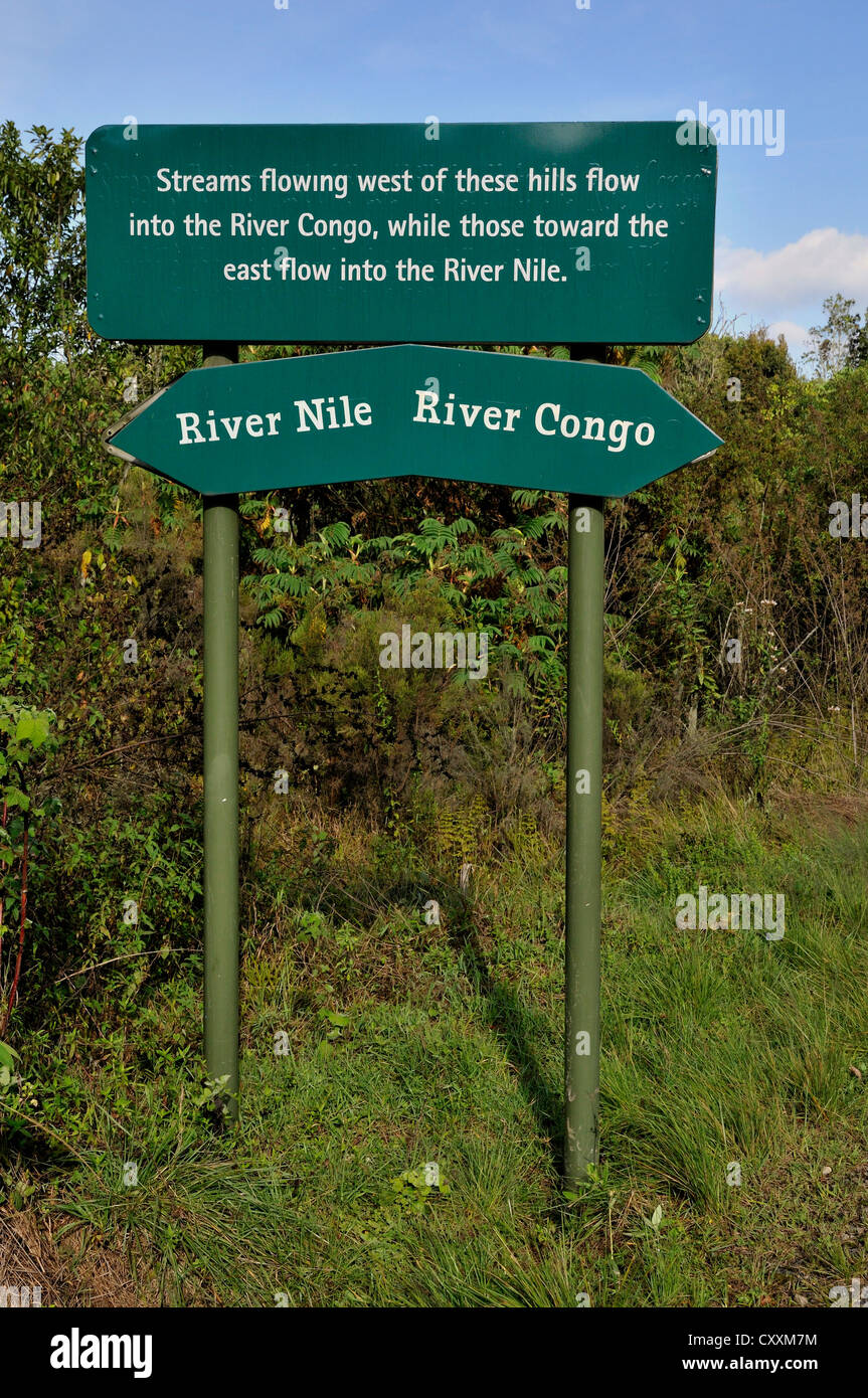 Sign on the watershed between the Nile and the Congo rivers, Nyungwe Forest, Nyungwe National Park, Rwanda, Africa - Stock Image