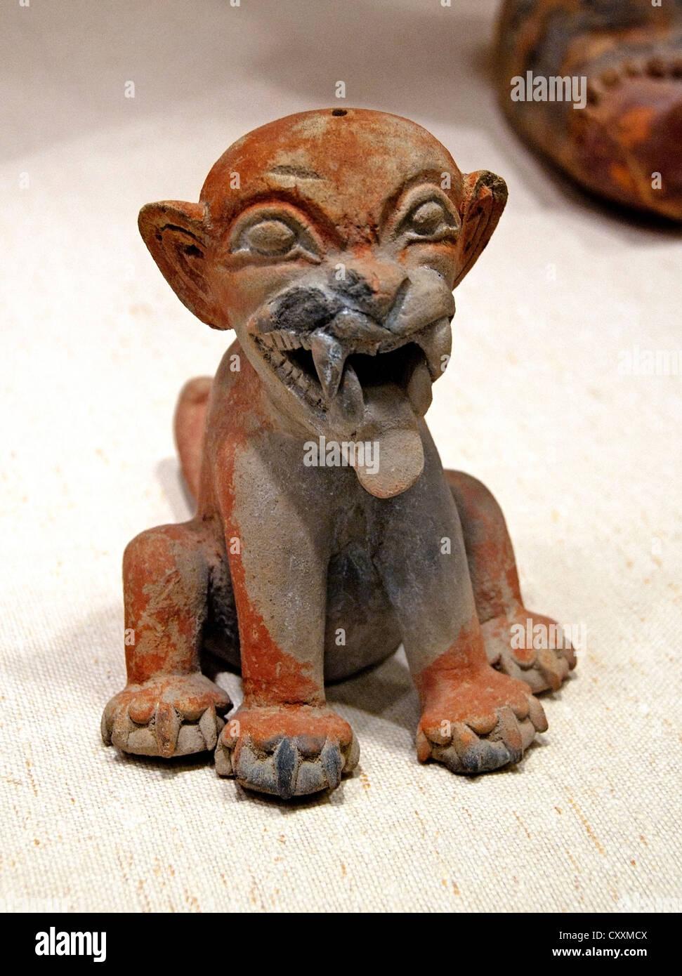 Seated Feline Jaquar or puma 1st century BCE–4th century CE Colombia or Ecuador Tolita Tumaco 14 cm - Stock Image