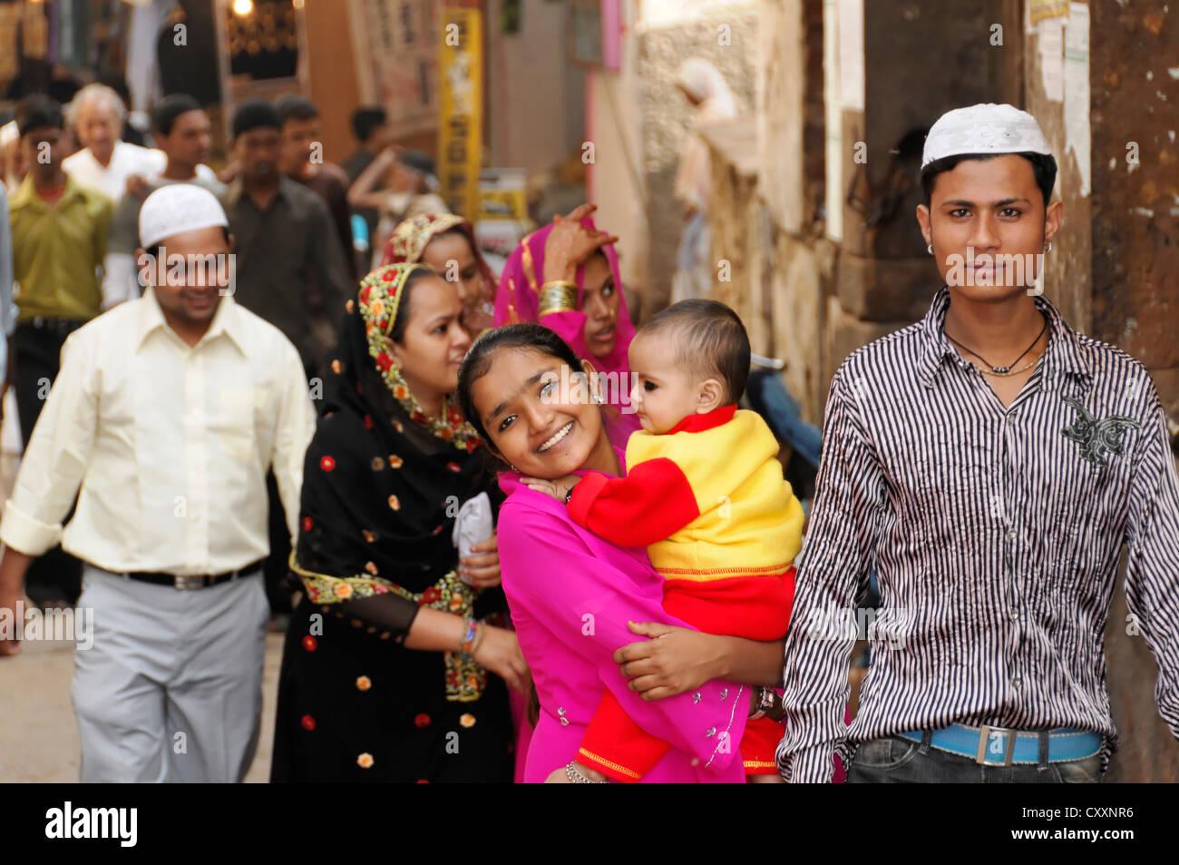 Muslim family, Pushkar, Rajasthan, North India, India, Asia - Stock Image