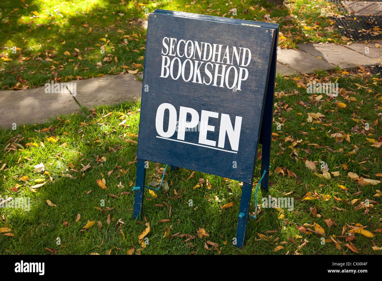 Secondhand Bookshop Open sign - Stock Image