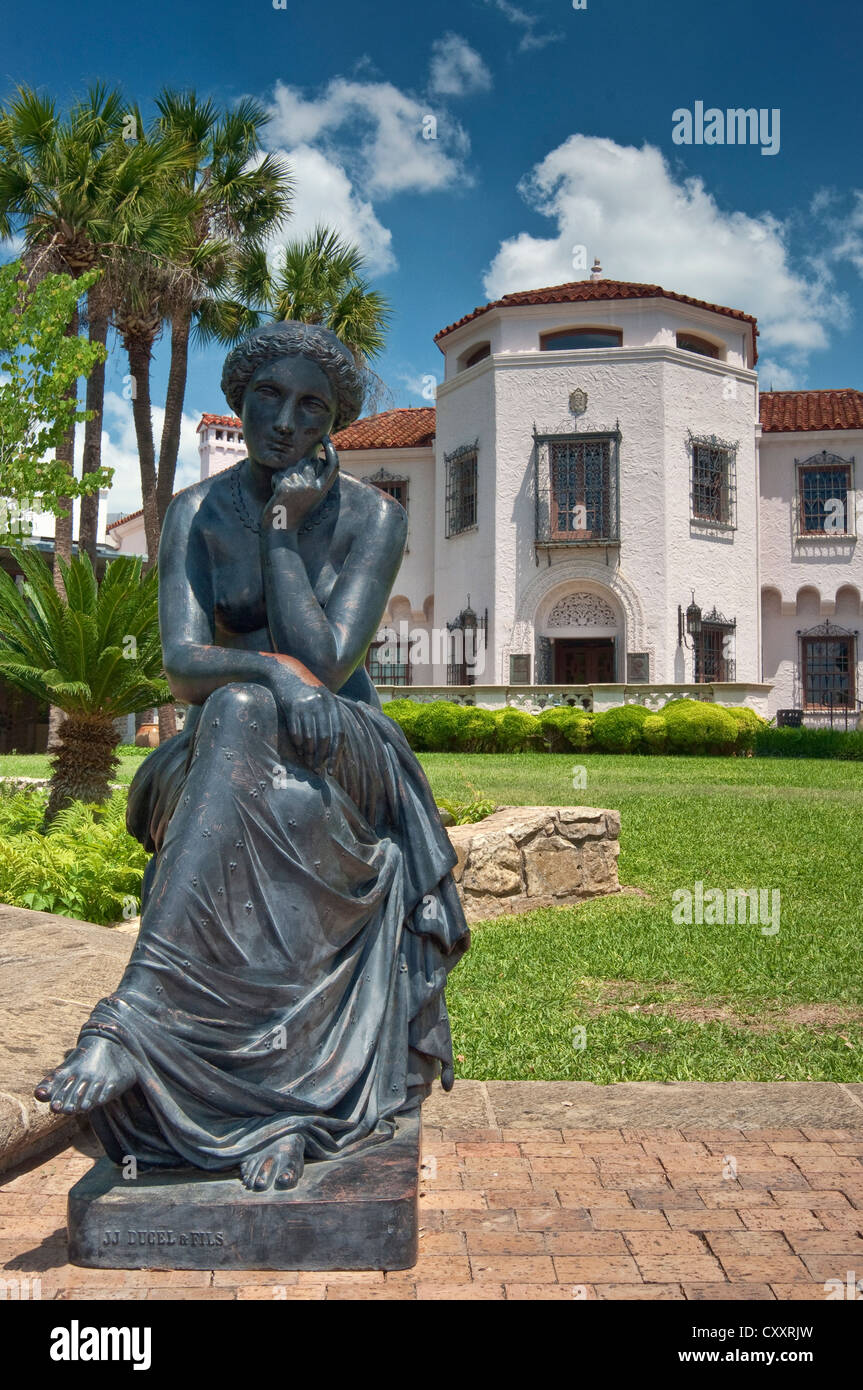 19th Century Iron Garden Sculpture Cast By J. J. Ducel Et Fils In Paris, In  Front Of McNay Art Museum In San Antonio, Texas, USA