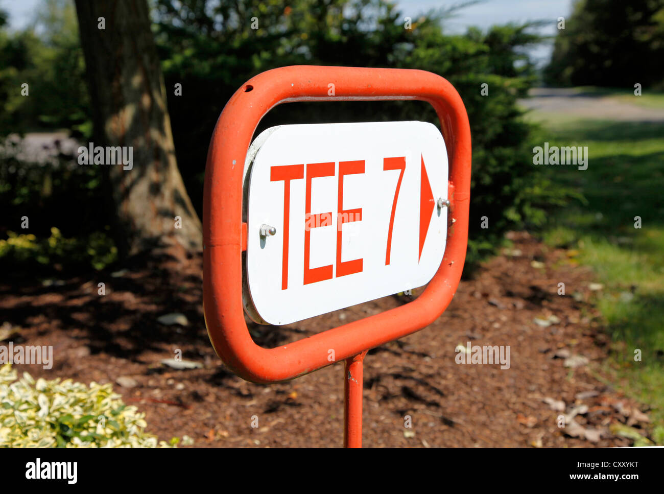Signpost at a golf course, way to Tee 7. - Stock Image